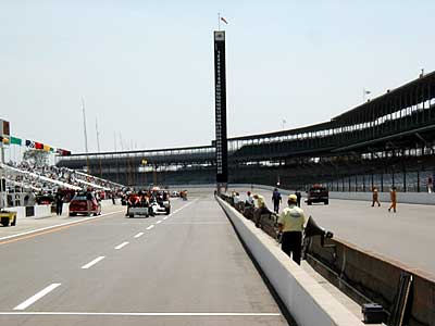 Turn 4 and the scoring pylon