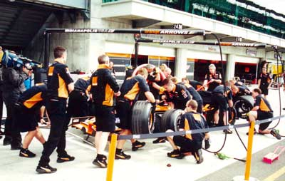 Arrows pit stop practice